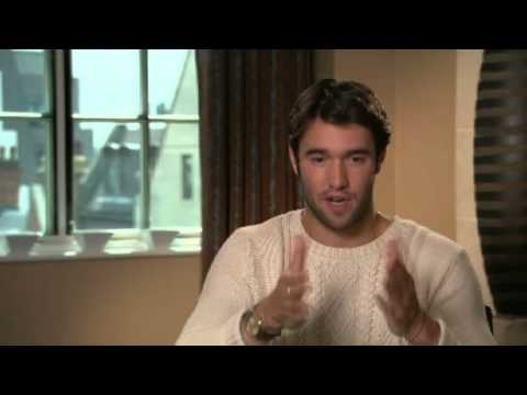 Josh Bowman Explains How He Got His Role In Revenge