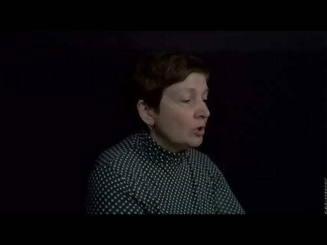 Изображение предпросмотра прочтения – ЕленаДадеко читает произведение «Матрёнин двор» А.И.Солженицына