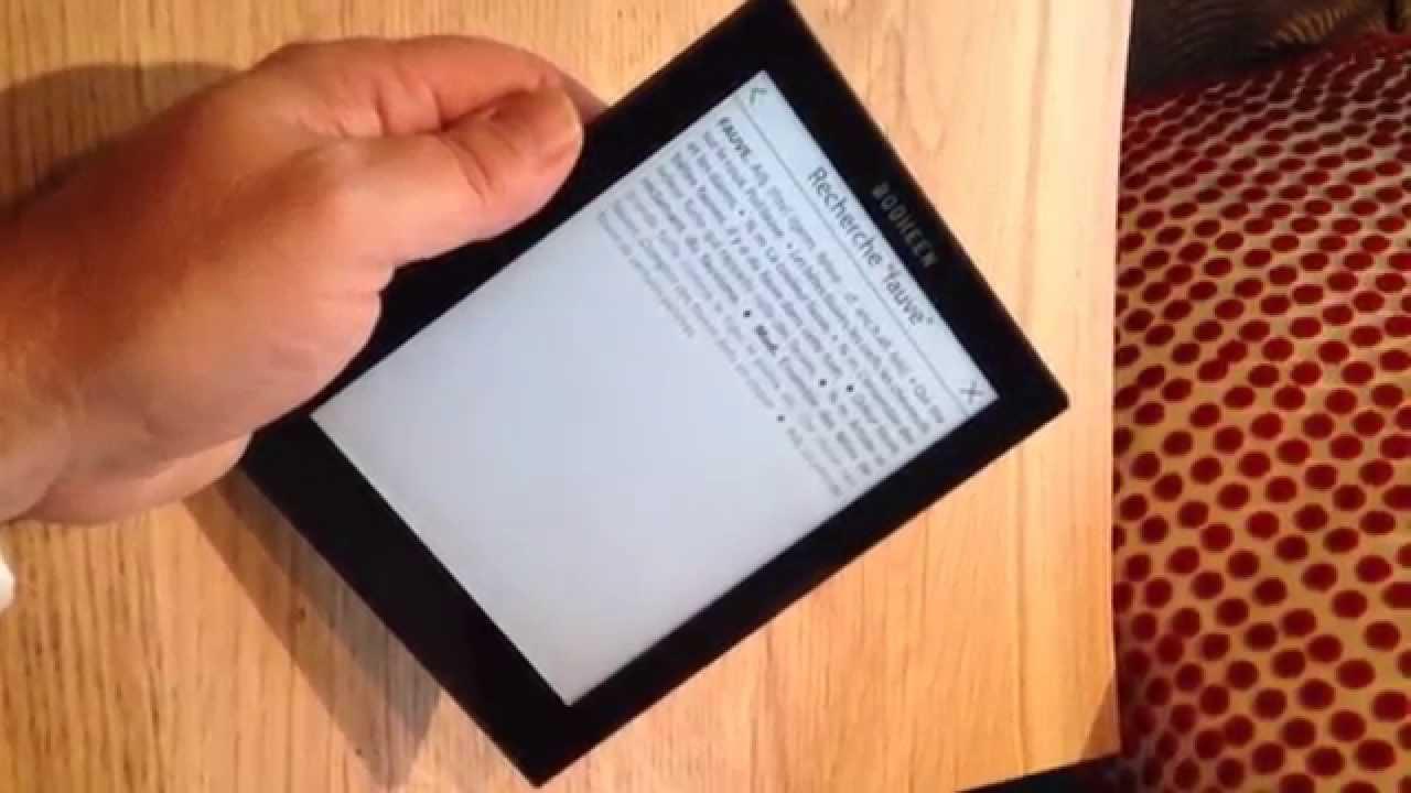 24 août 2017. D'après wikipédia, une liseuse est un appareil électronique mobile conçu, en premier lieu, pour la lecture de livres édités au format numérique. Il est constitué d'un écran.