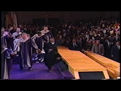 Camp Meeting 2000 ~ Friday night Part 2 ~ Juanita Bynum