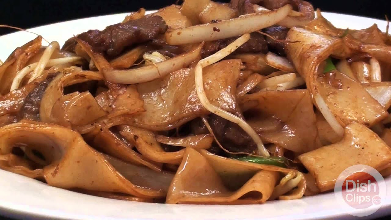 Choy S Chinese Restaurant Beef Chow Fun Youtube