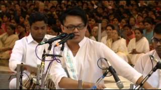 Bhagyada Lakshmi Baramma sung by Chong Chiu Sen student of Smt. D.K. Pattammal in Prashanthi Nilayam