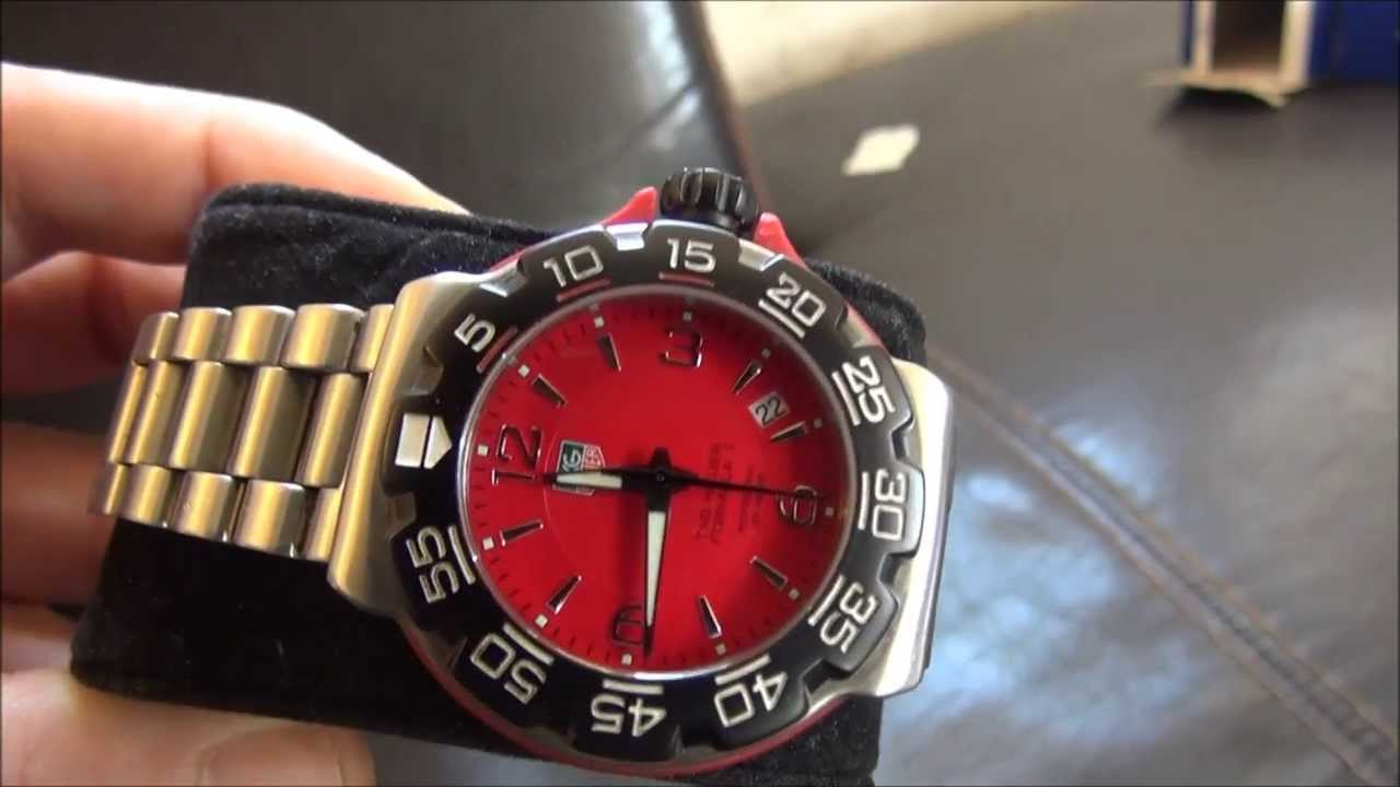montre tag heuer formula 1 rouge tag heuer watch formula 1 red wac1113 ba0850 youtube. Black Bedroom Furniture Sets. Home Design Ideas