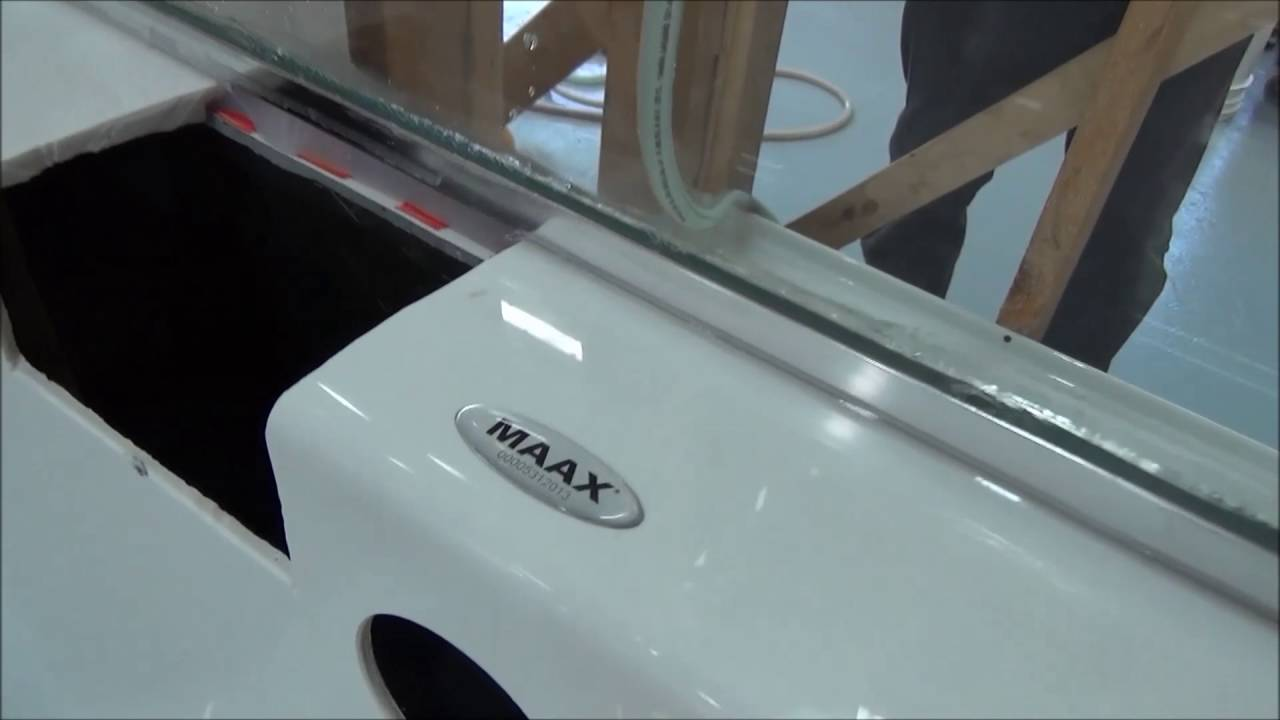 Water tightness testing: MAAX ModulR Combo - YouTube