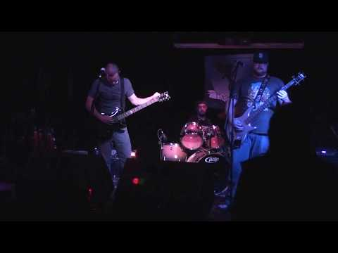 Three Chamber Heart at The Merrow 02.12.2016