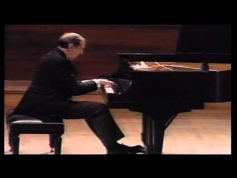 Vladimir Horowitz plays Rachmaninoff sonata No. 2 op. 36