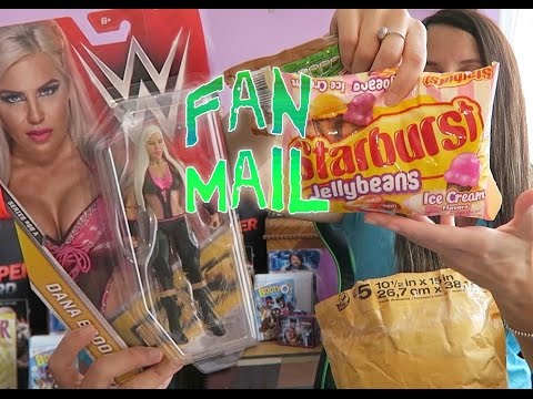 So Much CANDY!! Fan Mail Friday / May 5, 2017