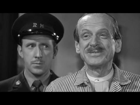 Basil Rathbone as Sherlock Holmes - The Pearl of Death [HD]
