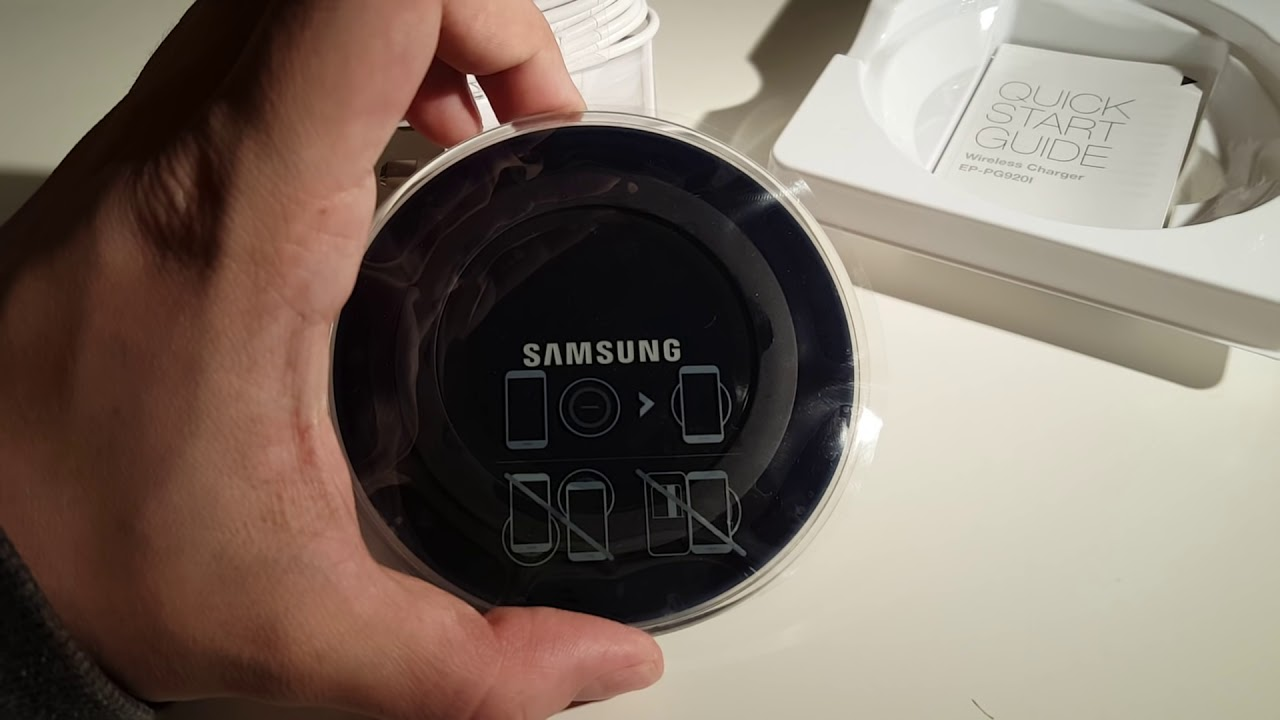 samsung wireless charger unboxing compatible with s6 s7 s7 edge and the new galaxy note7. Black Bedroom Furniture Sets. Home Design Ideas