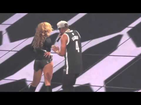 Download Youtube: Jay Z slaps Beyonce's ass in concert