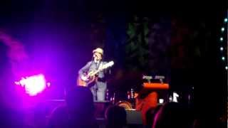 Elvis Costello - I