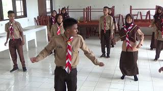 Goyang Pinguin PRAMUKA SMA N 1 PASAMAN 2017