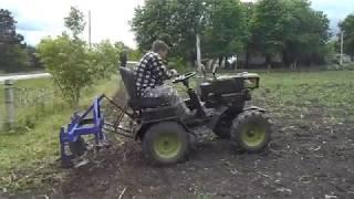 Культивация кукурузы минитрактором из мотоблока / Культиватор своими руками