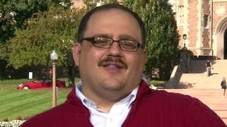 Viral debate star Ken Bone explains the red sweater