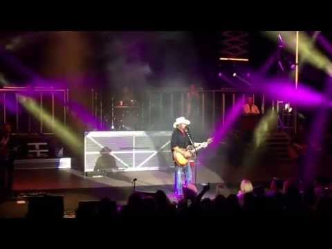 Toby Keith Live - Should've Been a Cowboy
