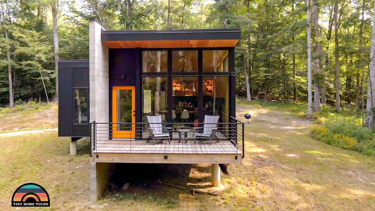 Beautifully Designed Modern Tiny House Airbnb W/ Incredible Open Floor Plan