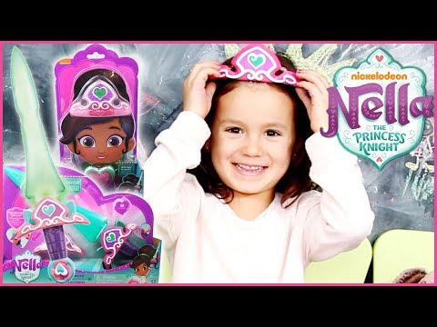Nella The Princess Knight Tiara, Pendant, & Sparkle Sword Unboxing | Playtime With Perle