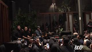Cover images Tulus feat Glenn Fredly - Adu Rayu | LIVE @ Kumpul Teman Tulus 2019