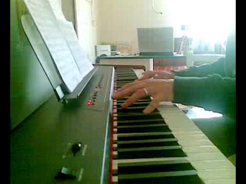 Tequila e bonetti atheme piano cover youtube for Tequila e bonetti cane