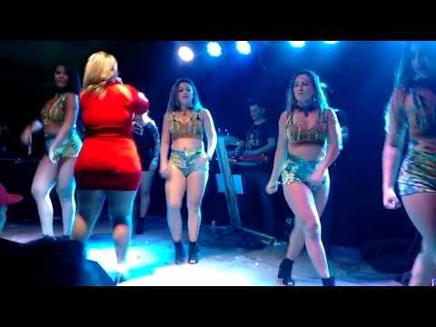 FORRÓ KI'BABADO-( Bum Bum Tam Tam-Paralisou)-III Baile Fim de férias Flamengo MENTAE 29/07/17