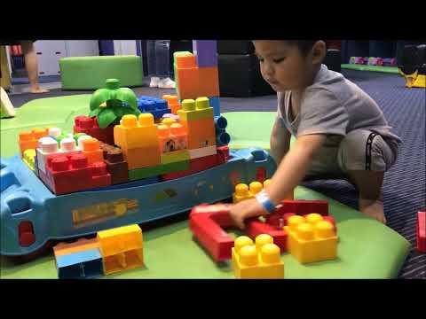 YouTube | Bé tập xếp hình xây dựng nhà cao tầng – Trò chơi ghép hình vận động hay cho bé