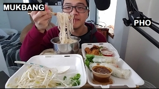 MUKBANG: VIETNAMESE PHO, FRIED CHICKEN, AND FRESH SPRING ROLLS | Eating Show | JaySMR