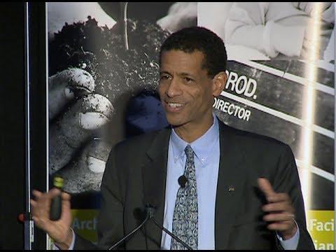 IDEAS Boston 2013: Mark Edwards - Social Mobility Advocate