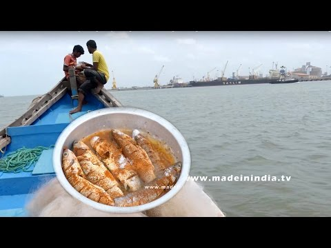 FISH CATCHING IN BAY OF BENGAL | Kataa Fish Fry Making at Bay of Bengal Ocean | Catching & Cooking