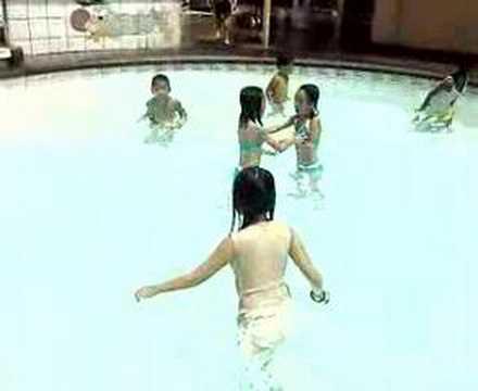Swimming moments at Villa Amanda...
