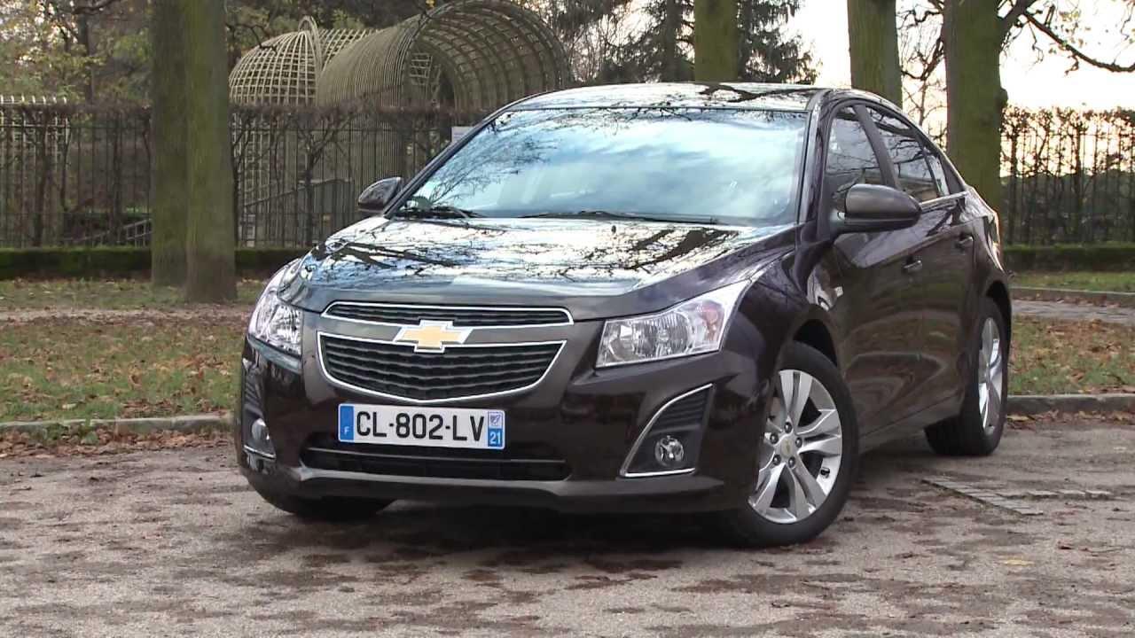 Essai Chevrolet Cruze 4 p 1.7 VCDi 131 LTZ 2012 - YouTube
