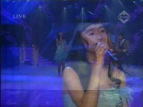 Putri Ayu BertoPah Collaboration SEMIFINAL Indonesia Mencari Bakat live on TransTv 30 May 2010