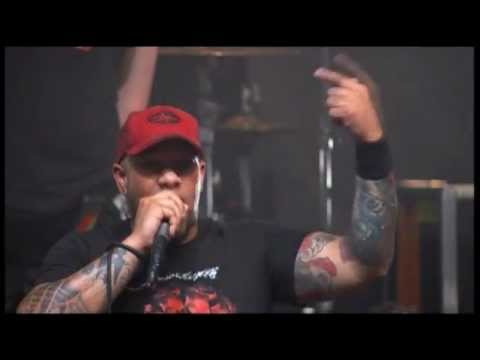 Killswitch Engage - Fixation On The Darkness (Live)