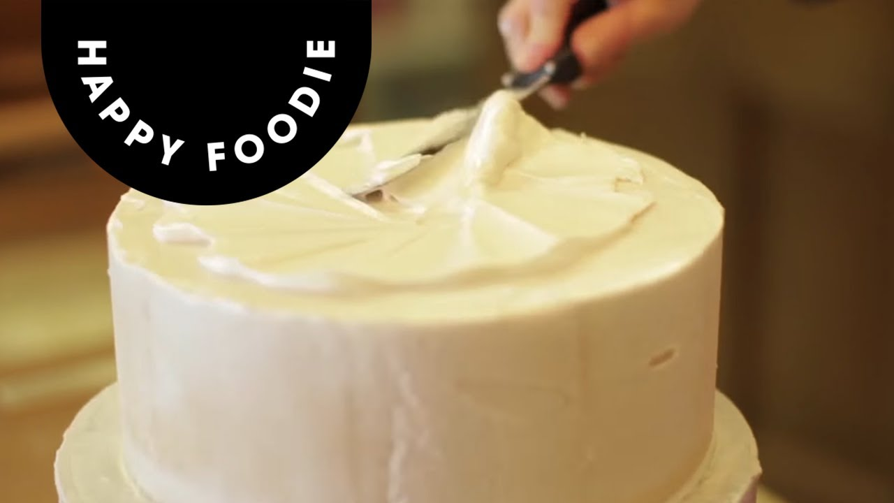 Coating a Cake with Royal Icing | Cake Techniques with Juliet Sear ...