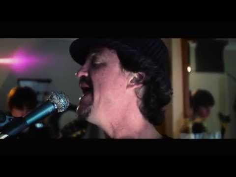 The 68's - Stuck In The Middle With You - Stealers Wheel - Live Cover