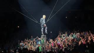 Pink - So What - P!NK - Indianapolis, March 17, 2018 - Aerial Acrobatics