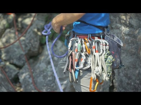 Outdoor Skills And Thrills | Experience the Adventure of Climbing!