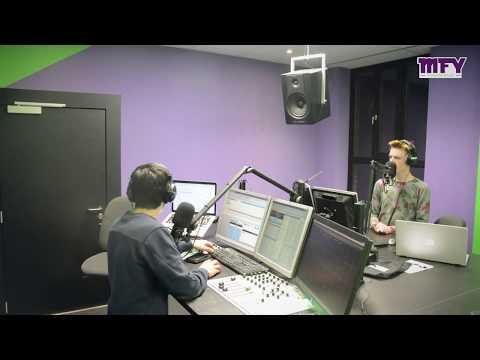 Jos op de radio over de parkietenbeurs in Houthalen Helchteren