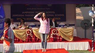 Aishwarya Rai In Aaradhya Bachchan's School On Sports Day