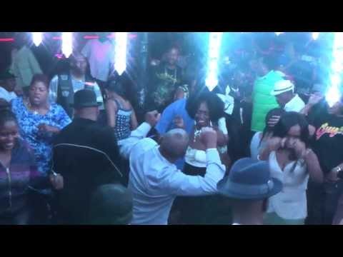 Bear Music Rocking Home Alone by R  Kelly @ Crenshaw Live 3 18 2014