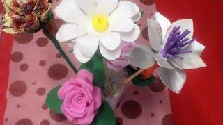 Arranjo com Copo Descartável 2 por Flores e Flores