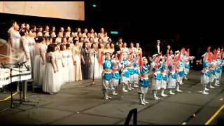 官立小學音樂會 學生跳舞