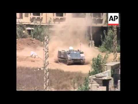 Lebanese troops attack Islamic militants in Nahr El-Bared refugee camp