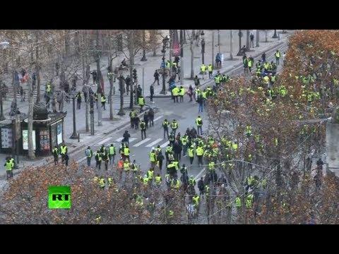Round 4: Yellow Vests protest in Paris