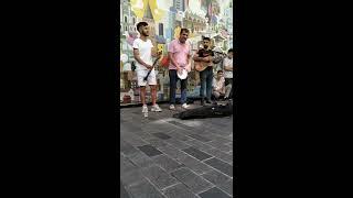 Bilal Göregen. İstiklal Caddesindeki sokak konseri