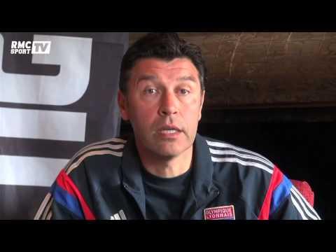 Football / Hubert Fournier juge les Bleus - 01/07