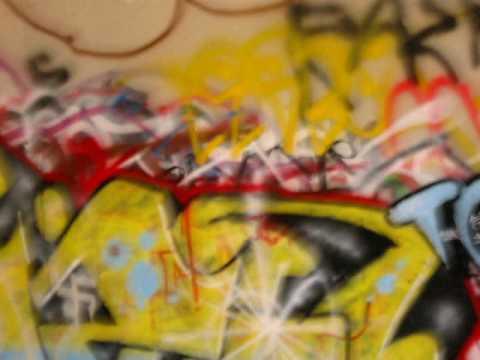 look okay it's graffitti outsider art in san jose bridge guadalupe
