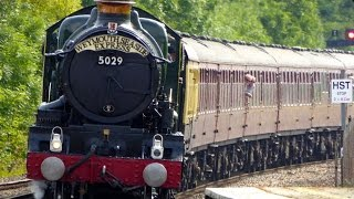 5029 Nunney Castle Calls At Castle Cary With The Weymouth Seaside Express