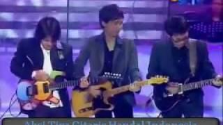 Tonton Aksinya..!! 3 Gitaris Handal Indonesia..!!