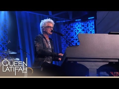 "REO Speedwagon Performs ""Keep On Loving You"" on The Queen Latifah Show"