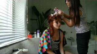 Haare rot färben mit Schaum